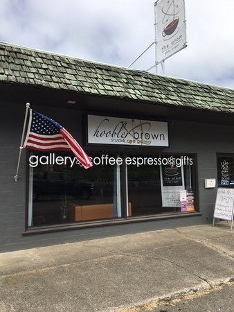 Glide, OR: The Atom Espresso and Coffee Bar Store Front