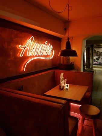 Annie's