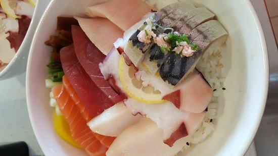Oldsmar, FL: Oishi Sushi & Thai