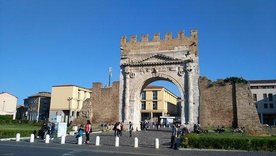 Arco d'Augusto: IMG-20170527-WA0019_large.jpg