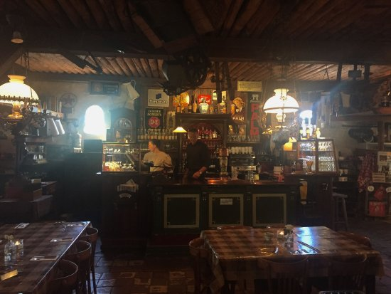Westerbork, เนเธอร์แลนด์: Bar in het museum restaurant