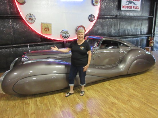 Eatonton, GA: Beautiful Custom Built Bugatti Atlantis