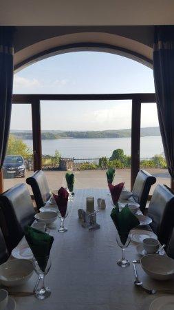 Dromahair, Irland: magnifique vue de la salle diu petit dejeuner