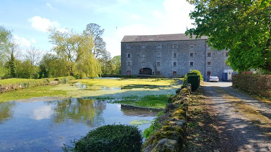 Navan, Ireland: Bective Mill House, view as you arrive!