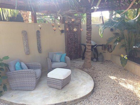 Bamboo Bali Bonaire - Boutique Resort : Private grill area