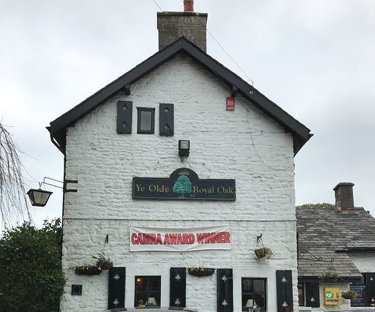 Wetton, UK: Village pub