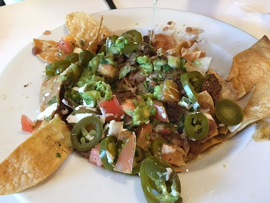 Cafe Del Sol: Nachos with beef