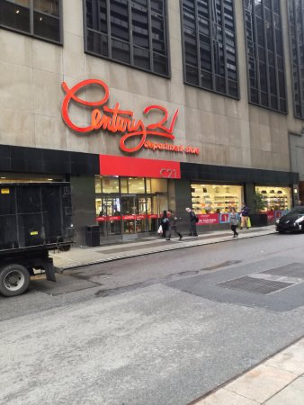 Photo of Department Store Century 21 at 22 Cortlandt St, New York, NY 10007, United States