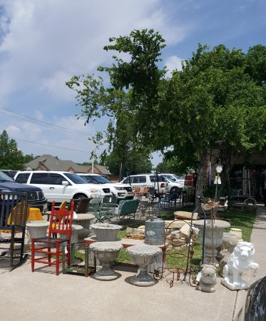 Bethany, OK: The Rink Antique Gallery