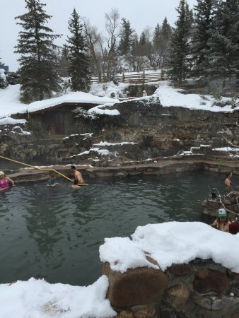 Strawberry Park Hot Springs: This is the main pool - very warm.