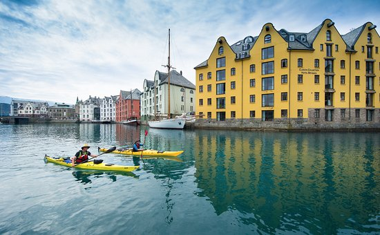 Uteguiden Activity Centre - Alesund