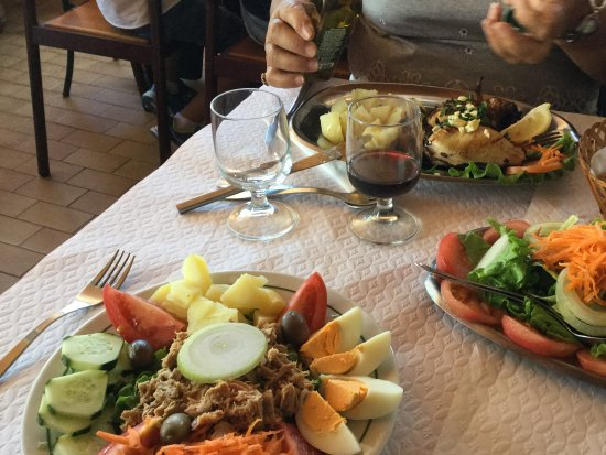 Monchique, Portugal: Not your ordinary Portuguese salad