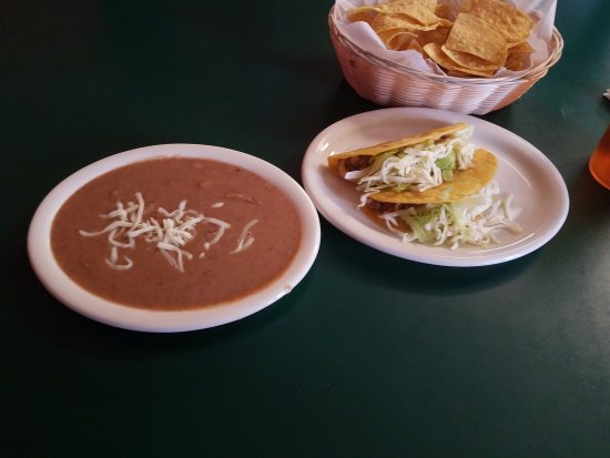 Statesville, Caroline du Nord : Two Beef Tacos and Beans