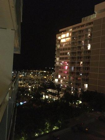 イリカイ ホテル, 部屋からの眺め(反対側)