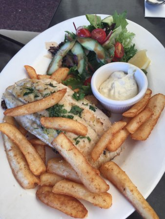 Cleveland, Australia: Good family food - something for everyone
