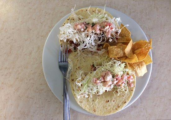 Brookings, Oregón: 2 fish tacos