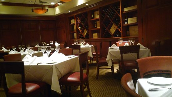 Radnor, PA: Fleming's Prime Steakhouse & Wine Bar