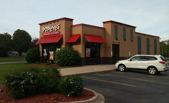 Woodstock, IL: Popeyes Louisiana Kitchen