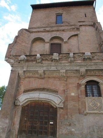 Palazzo dei Crescenzi o Casa dei Crescenzi