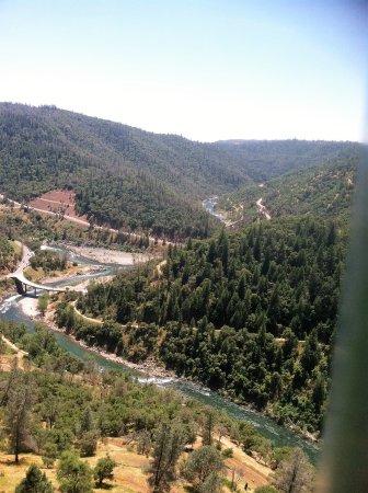 Auburn, Californië: view from bridge