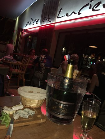 Frontonas, France : Alice et Lucien
