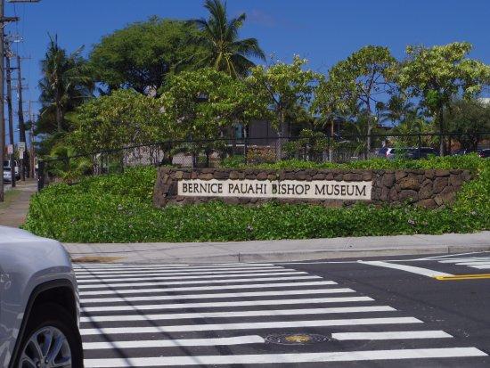 Bishop Museum entrance