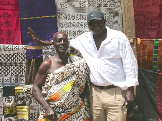 Martinez, Kalifornia: GHANA tour leader, Barou, with friend's dad, in hand-stamped Adinkra cloth. Our workshop is here