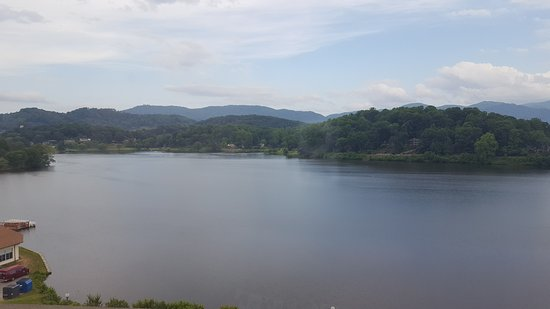 Lake Junaluska, NC: Great place to stay at the Terrace. Very friendly people. Clean rooms with beautiful views! Lots