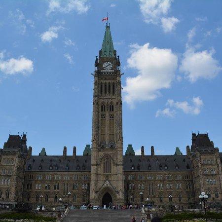 أوتاوا, كندا: Parliament Hill and Buildings