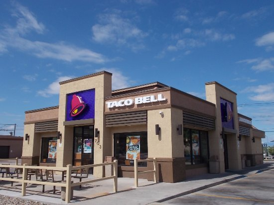 Taco Bell, N. Santa Fe Ave, Pueblo CO. Taco Bell By Day.