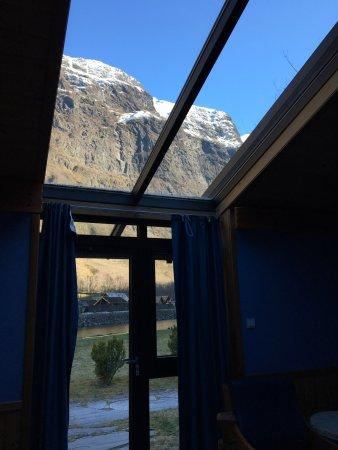 Gudvangen Fjordtell: Glass Door And Overhead Window