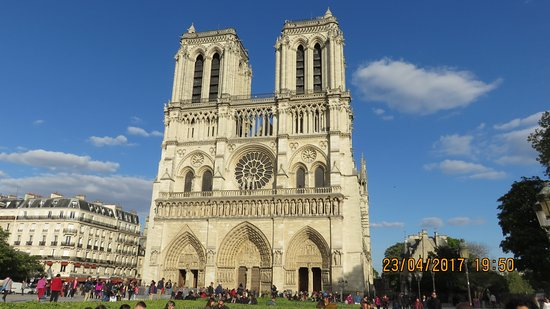 Photo of Monument / Landmark Notre Dame Cathedral at 6 Parvis Notre-dame, Paris 75004, France