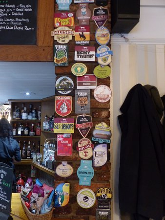 Aldwark, UK: Plenty of great real ales on offer, well kept and 3 on offer at bar daily