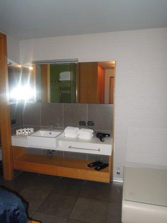 Hotel Zone Photo