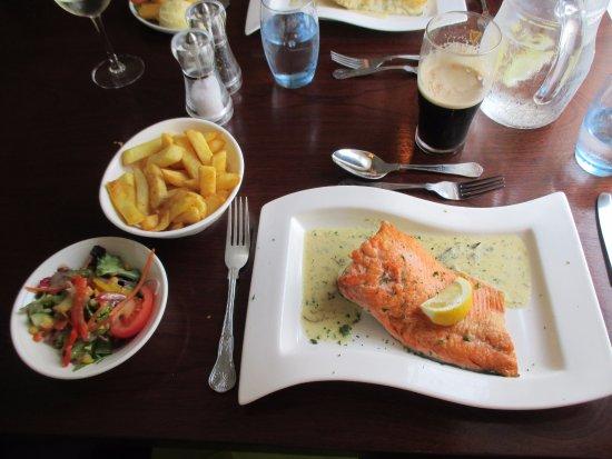 Silver Fox Seafood Restaurant: Sea Trout