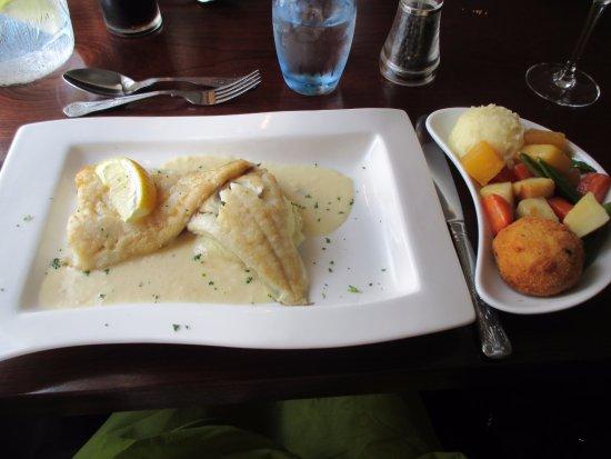 Silver Fox Seafood Restaurant: Cod