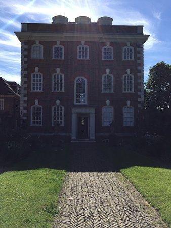 Rainham, UK: photo0.jpg