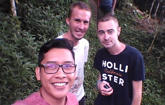 Munduk, Indonezja: our friendly tourist who having tour with us
