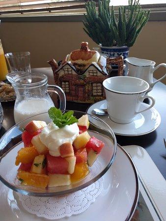 Branxton, ออสเตรเลีย: Breakfast fruit salad