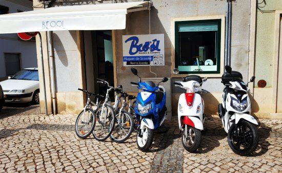 Vila Real de Santo Antonio, Portugal: rent a scooter, bikes. Bcool and ride!
