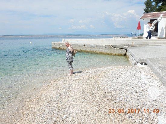 Dramalj, Croacia: Der Strand