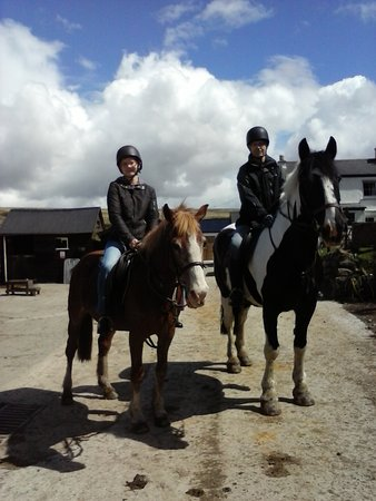 Cholwell Riding Stables: Father and daughter out for 60th birthday ride.