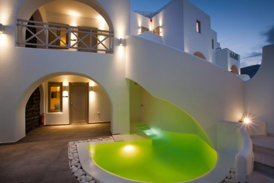 Private Pool For Two Bedroom Apartment Picture Of La Bellezza Eco