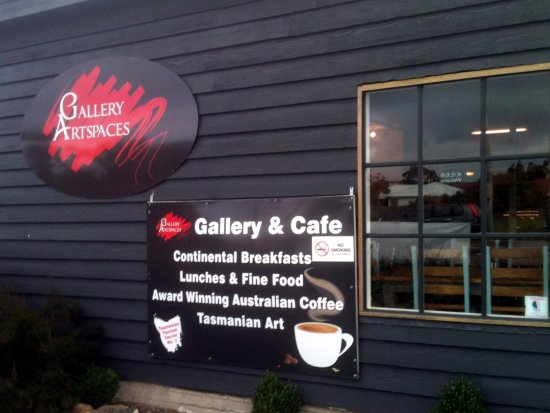 Triabunna, Australië: More than a cafe
