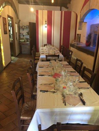 Tuscania, Italie : Pranzo della Comunione 28/05/2017