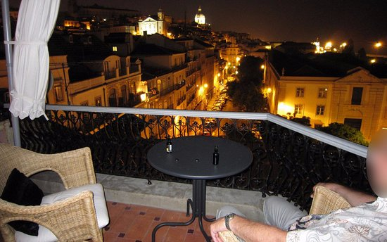 Palacete Chafariz D'El Rei: Night view from Suite Grand Torreao