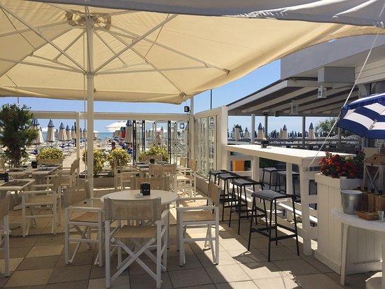 Bagno corallo beach 279 milano marittima picture of - Bagno zefiro milano marittima ...