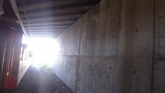 Ceres, Republika Południowej Afryki: Through tunnel to Voorbaai