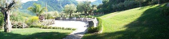 Roccaromana, Italy: tenuta donna fausta