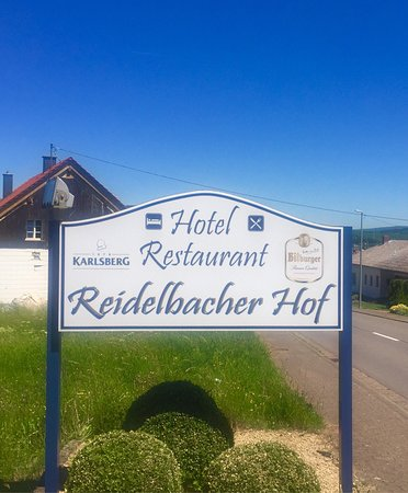 Wadern, เยอรมนี: Ein einfaches Hotel das in die Jahre gekommen ist